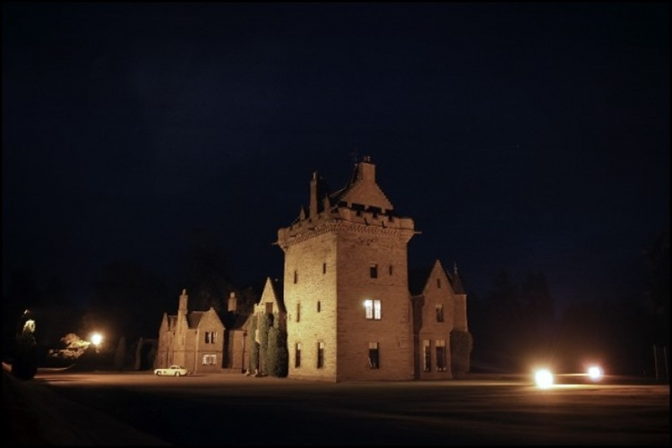 Guthrie Castle Weddings | Offers | Packages | Photos | Fairs