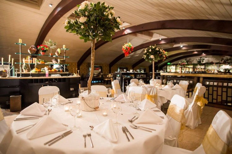 Arta Glasgow Weddings Offers Packages Photos Fairs Reviews