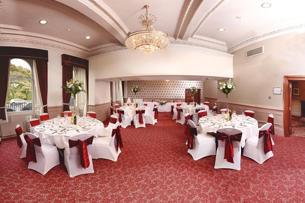 Crowne plaza edinburgh royal terrace weddings offers for 18 royal terrace edinburgh eh7 5aq